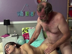 Family Camming 2 - Trailer