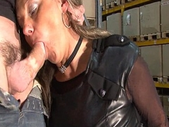 Horny french mature mom indestructible double teamed together with facialized