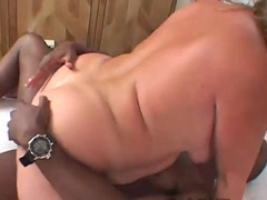 Chunky redhead gets stuffed then creamed by hung guy BBW Motion picture