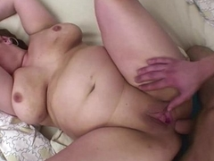 A Butterball Stepmama Anal Fucked By Young Dick