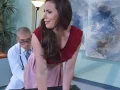 Dr. Corvus exmine Casey'_s pussy by kissing
