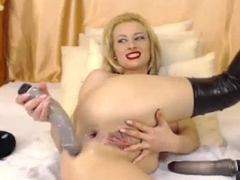 Amateur Webcam Blond Anal Penetration - BestStreamGirls.com