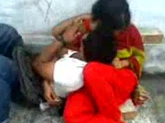Bangladeshi School guy romance in Park - Upon Bangla Audio - Wowmoyback