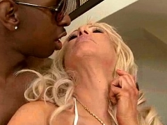 Incomparable Milf (isabella rossa) Love Big Black Horseshit To Ride Hard movie-16