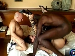Sexy Angelika Wild tastes small and big black cock at one go