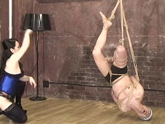Mistress Land Masochist Man Hang